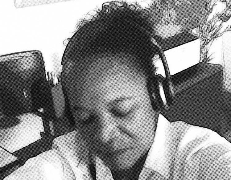 Grainy Headphones